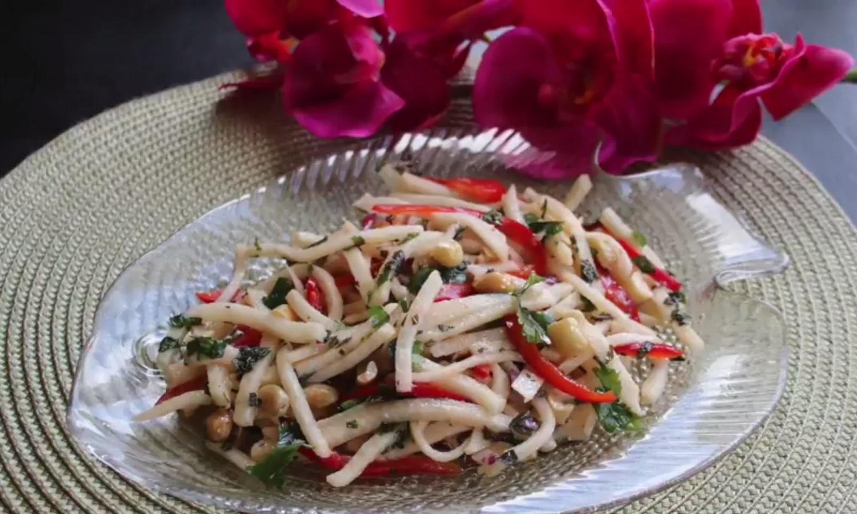 Jicama Keto Thai Green Salad: 2 versions - Keto Meals and ...
